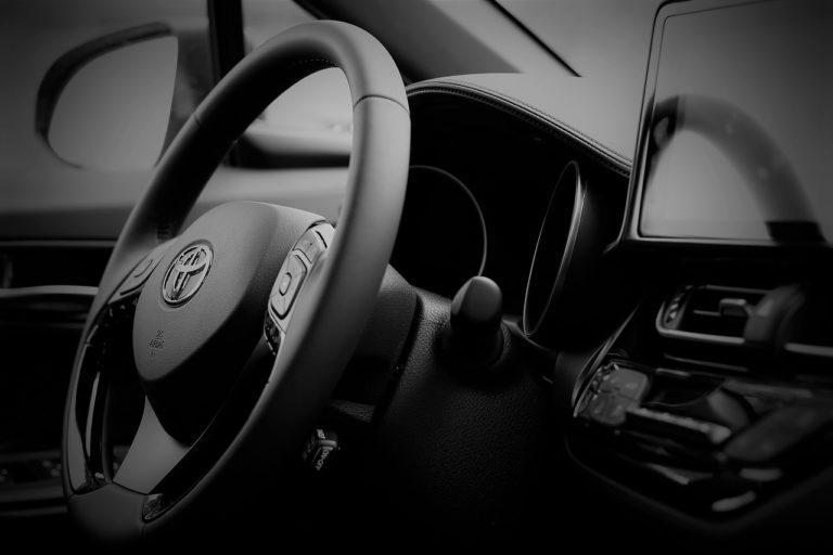 Radio samochodowe z nawigacją
